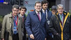 El presidente Mariano Rajoy llega a la segunda jornada de la Cumbre de los Jefes de Estado y de Gobierno de la Union Europeaen Bruselas.