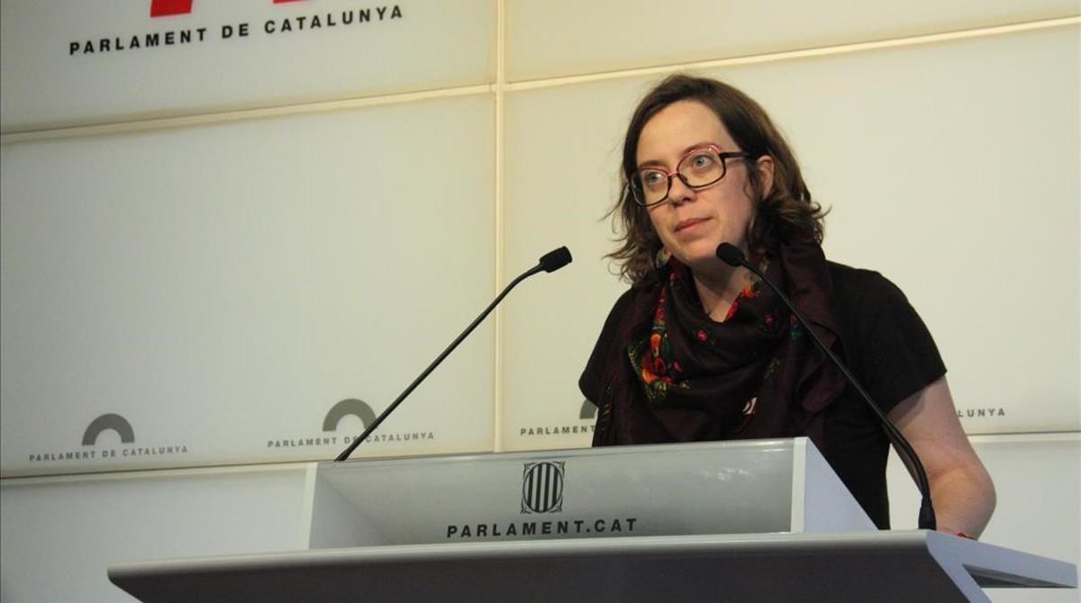 La diputada de la CUP Eulàlia Reguant, en el Parlament.