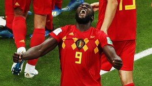 Lukaku celebra con rabia el pase a los cuartos de Bélgica ante Japón.