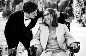 Mor la mare de Sergi Roberto, malalta d'ELA