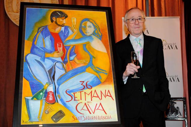 El pintor Jordi Rollan posa junto al cartel que ha creado para la Semana del Cava.