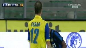 Retransmisión en Sky de un partido de la Serie A dela Liga italiana de fútbol.