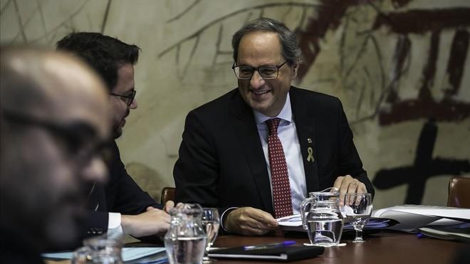 Torra quiere sentar las bases de la Constitución catalana.