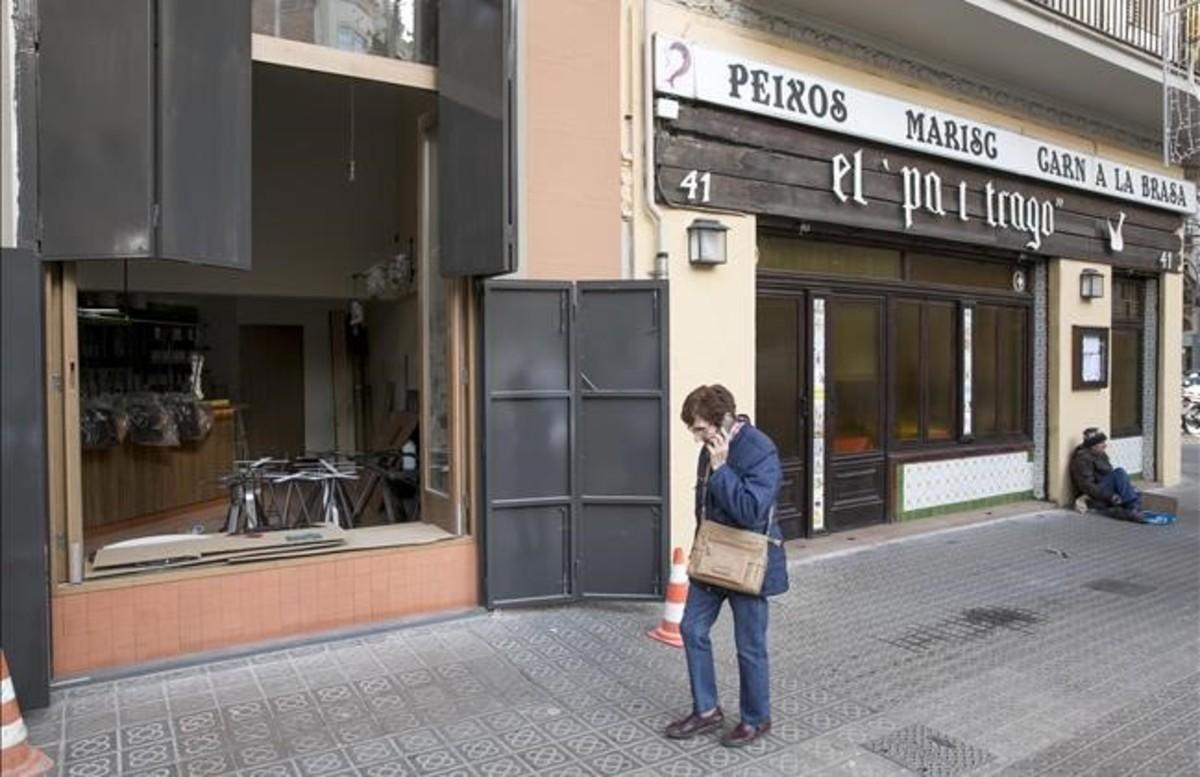 Obras en un nuevo local gastronómico junto al clásico restaurante Pa i trago.