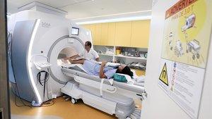 Una resonancia magnética en el Hospital Clínic de Barcelona.
