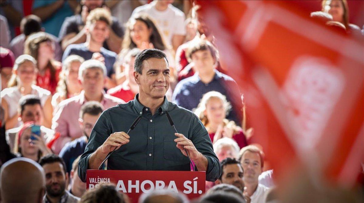 Pedro Sánchez, este sábado en un mitin en Mislata (Valencia).