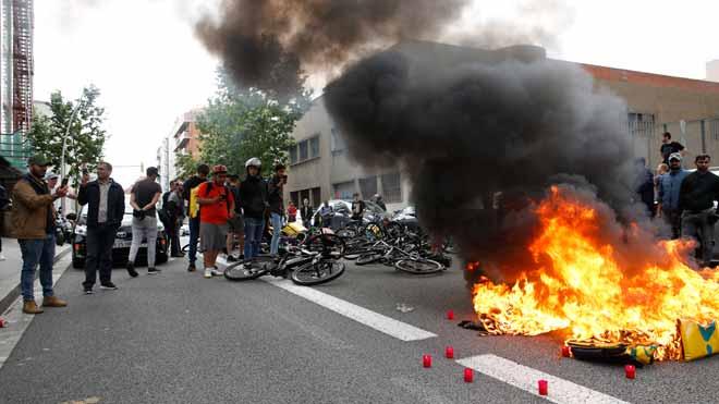 Crema de motxilles de Glovo per la mort d'un dels seus repartidors