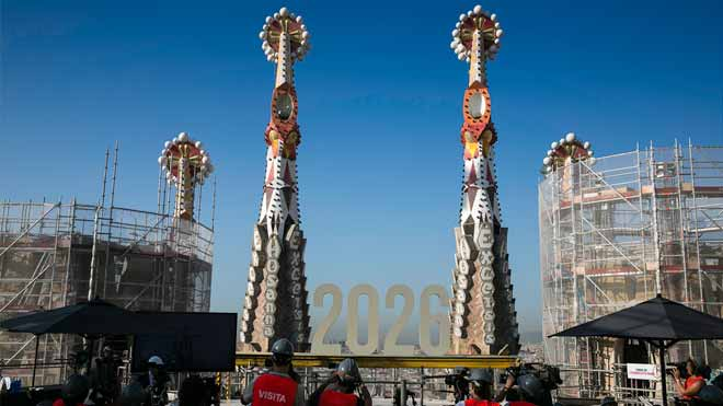 Vídeo virtual de la Torre de Jesús de la Sagrada Familia.