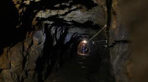 Vista del interior de uno de los túneles bajo Walbrzych construido por los nazis como parte de un sistema gigante de túneles subterráneos.