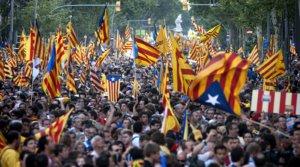Vista general de la manifestación contra la sentencia del Estatut que el 10 de julio del 2010 recorrió el centro de Barcelona.