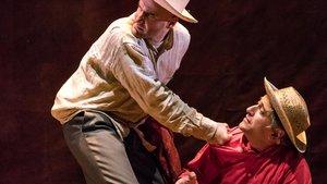 Diego Lorca y Pako Merino, en una escena de 'La zanja', la sexta obra de su reconocida carrera.