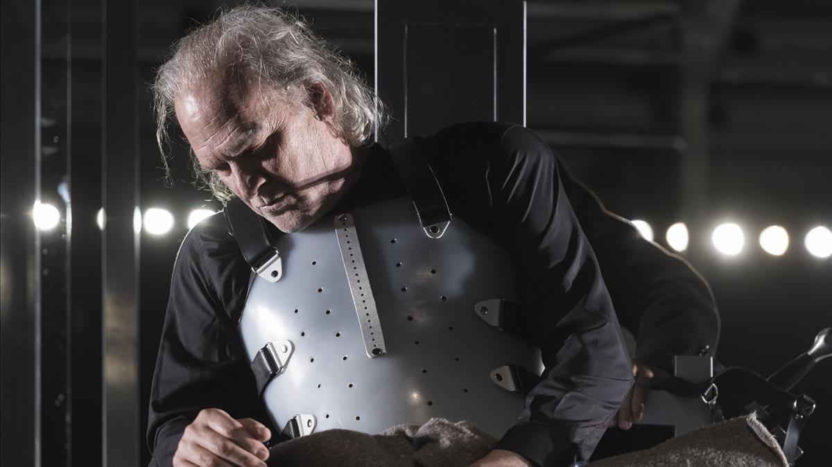 Lluís Homar en Ricard III, de Shakespeare, montaje dirigido por Xavier Albertí.