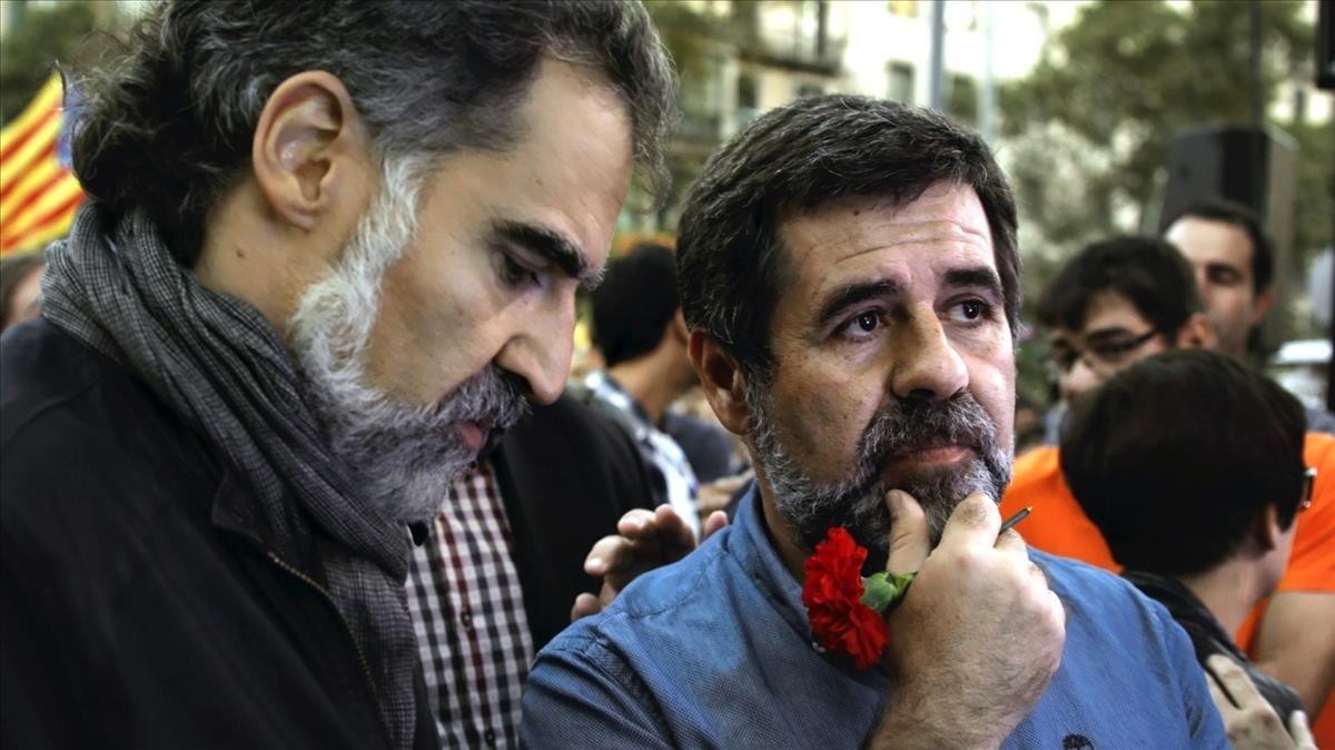 Jordi Cuixart y Jordi Sànchez, en el documental de TV-3 20-S.