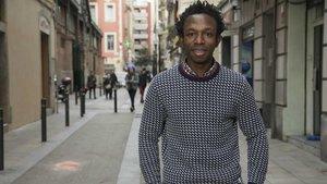 """Ousman Umar: """"Nadie con formación paga 3.000 euros por subirse a una patera"""""""