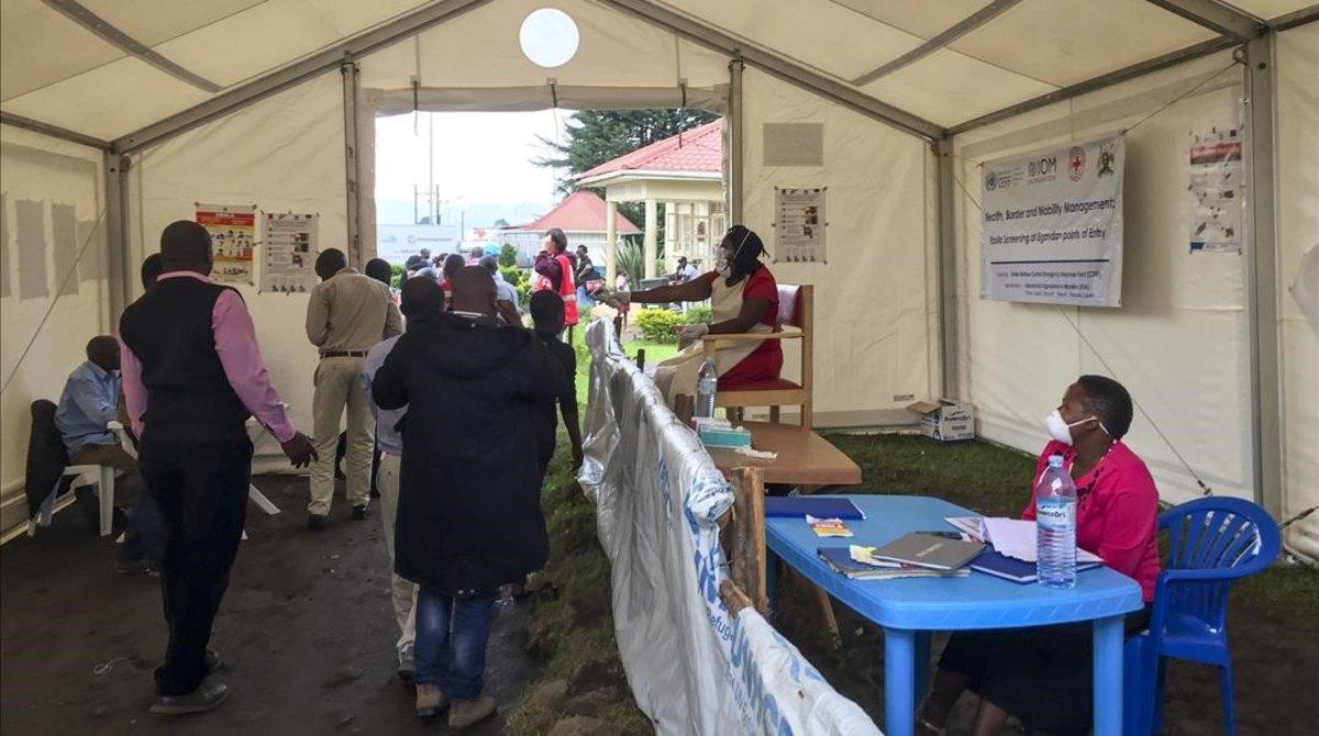 Dos nous casos d'Ebola a Uganda de ciutadans congolesos