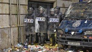 El Govern retira 1.400 policies antiavalots de Catalunya