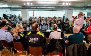 Un tiroteig esgota la paciència del barri de la Pau de Barcelona