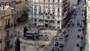 La Via Laietana en 1921, a la altura de la plaza de Ramon Berenguer, resucitada por El Ranchito.