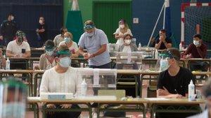 La Generalitat planteja el vot delegat i un vot per correu exprés per a les eleccions