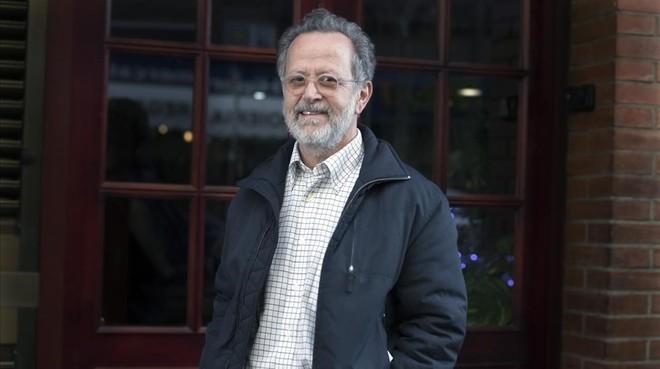 El director madrileño Fernando Colomo, que el viernes estrena la tribu