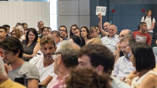 La generalitat ingresa 3 8 millones en la subasta de la for Subastas pisos barcelona