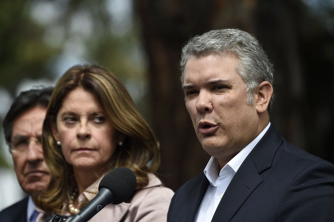 Duque reactiva órdenes de captura contra negociadores del ELN en Cuba