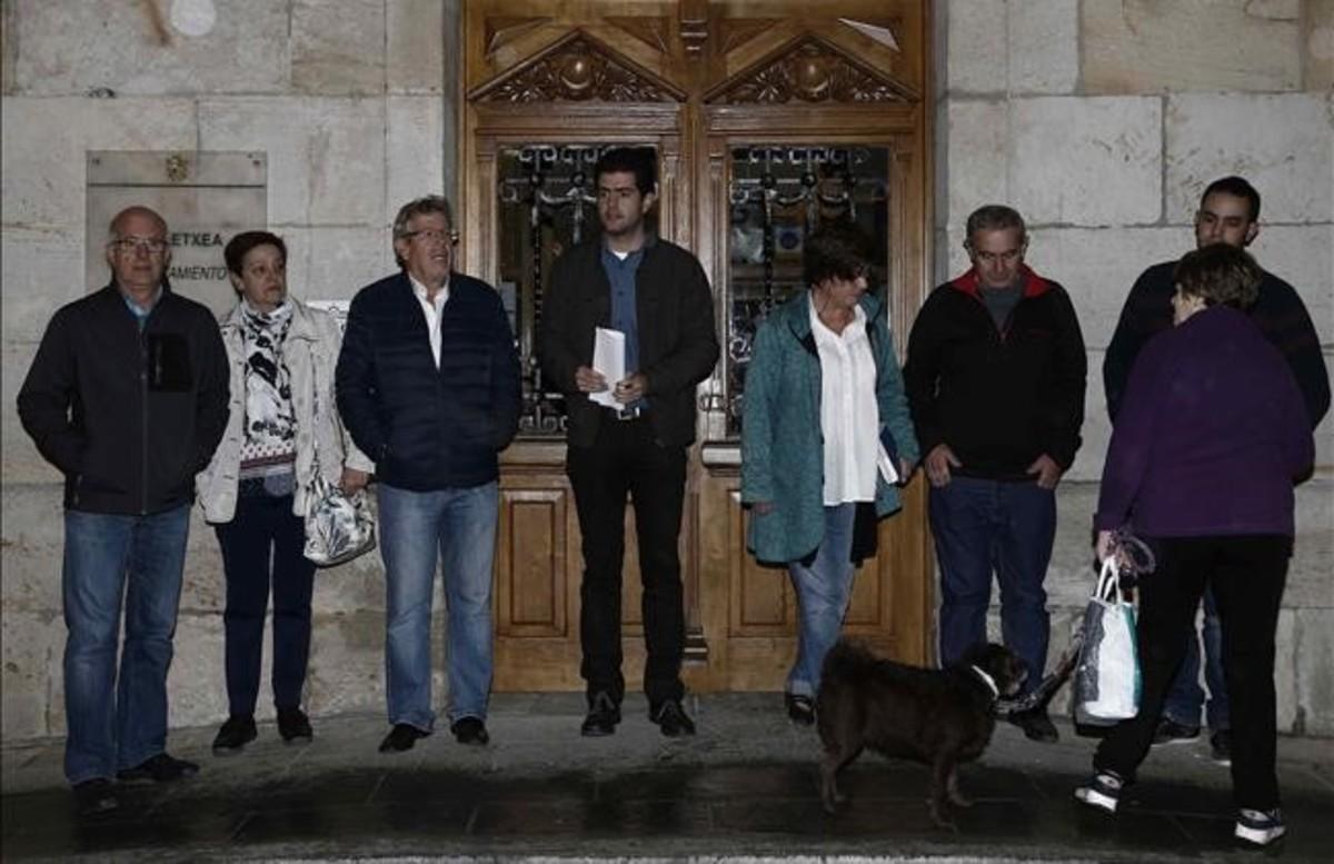 El alcalde de Alsasua y varios concejales del consistorio navarro.