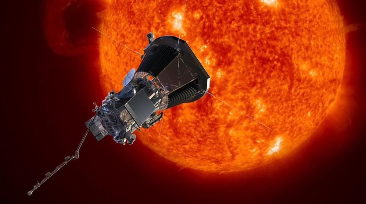 Simulación de la Solar Probe Parker alrededor del Sol. Se acercará a seis millones de kilómetros de la superficie, siete veces menos que cualquier nave anterior.