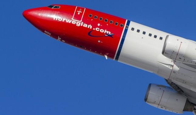 Norwegian admite que evalúa propuestas preliminares de otras compañías