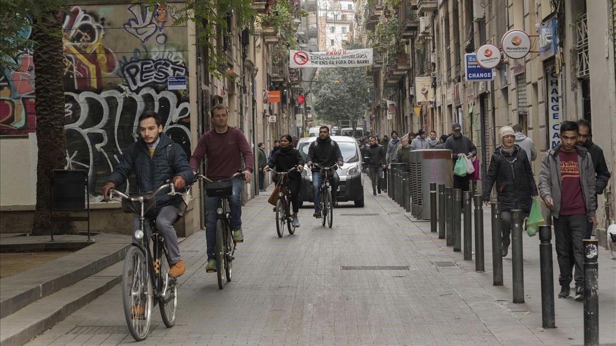 La calle de Joaquín Costa.