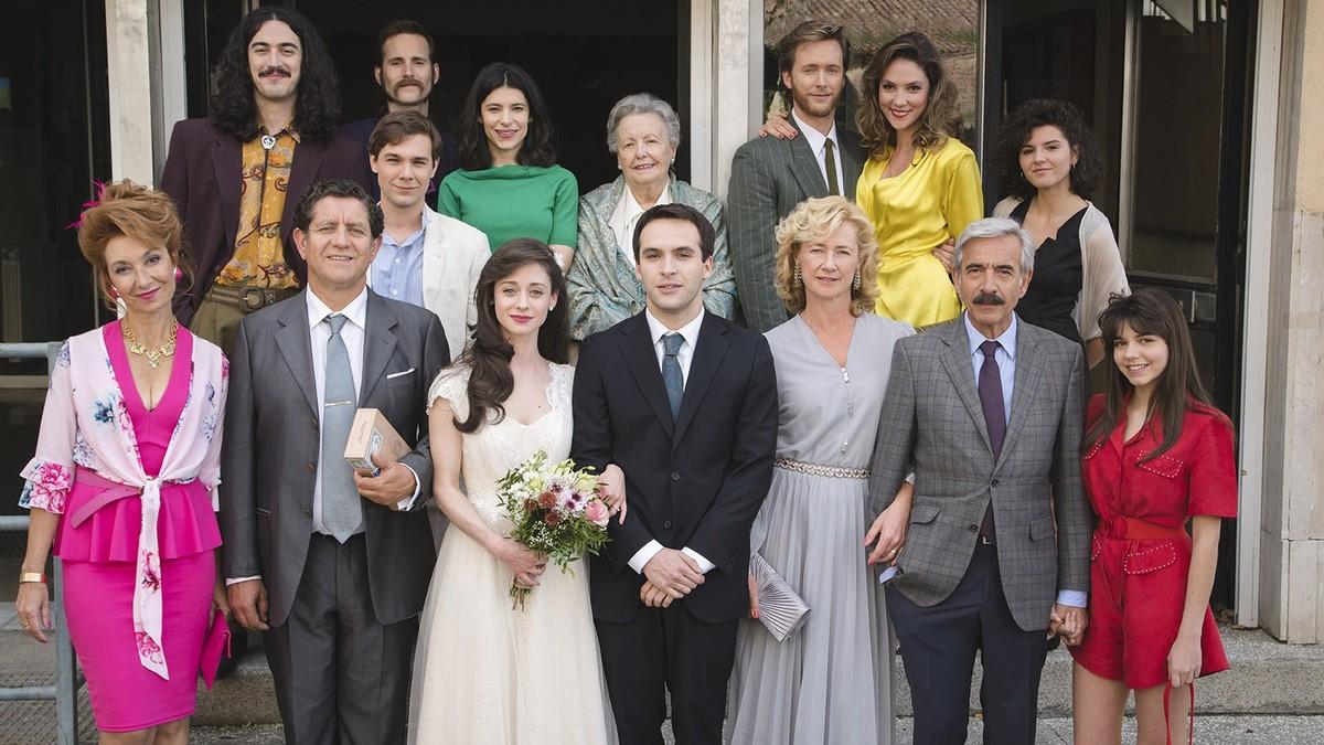 La esperada boda de Carlos y Karina, en lo nuevo de 'Cuéntame cómo pasó'