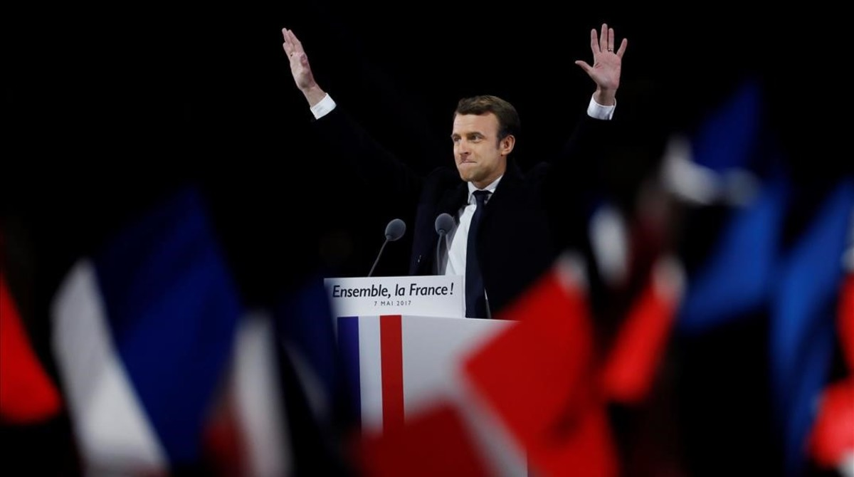 Emmanuel Macron celebra su victoria.