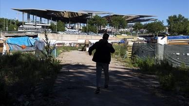 Las chabolas se extienden junto a Glòries en Barcelona