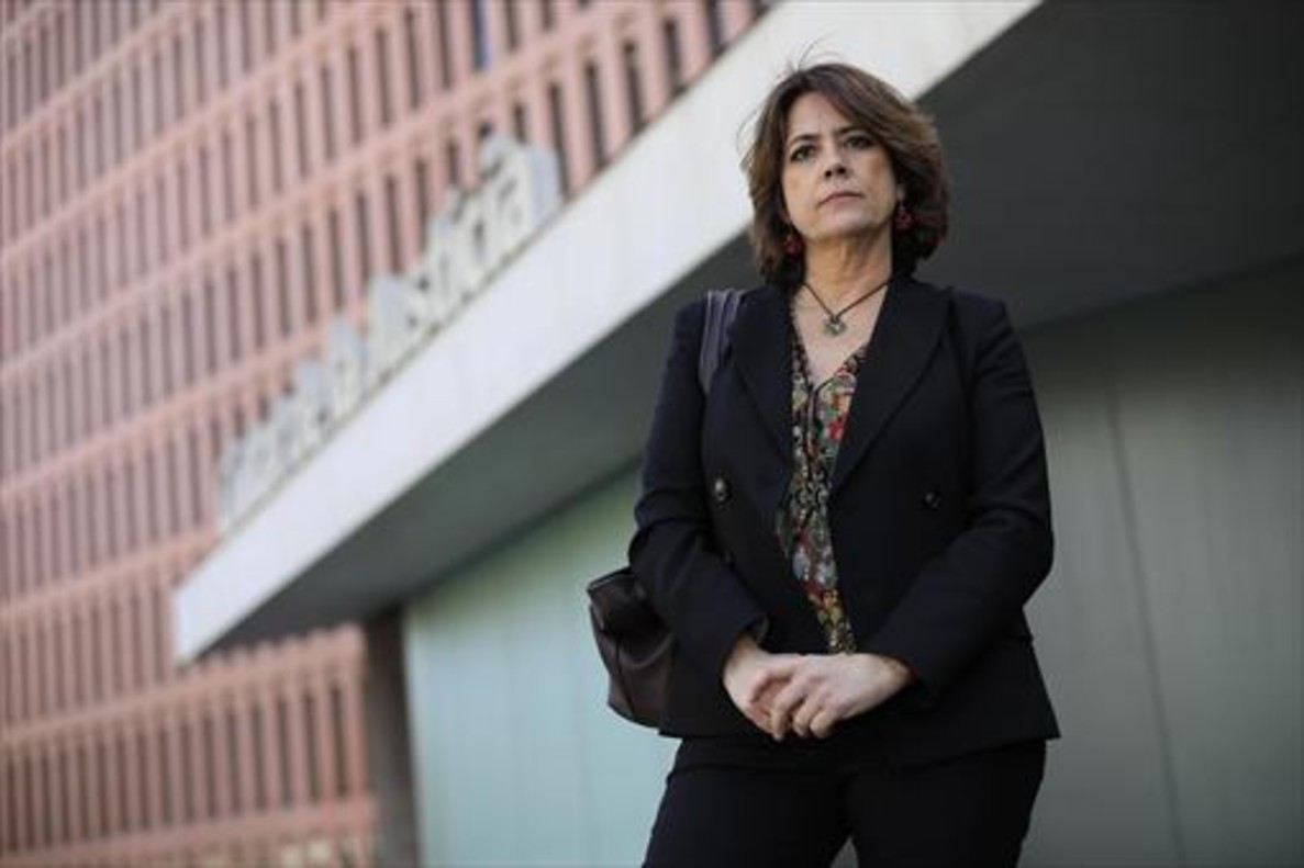 La ministra de Justicia, Dolores Delgado, en la Ciutat de la Justícia.