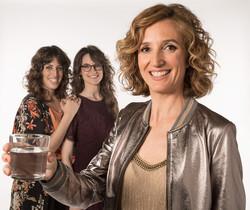 La presentadora de El got daigua, Samantha Vall, y las coachesAlba Florejachs yGemma Lligadas.