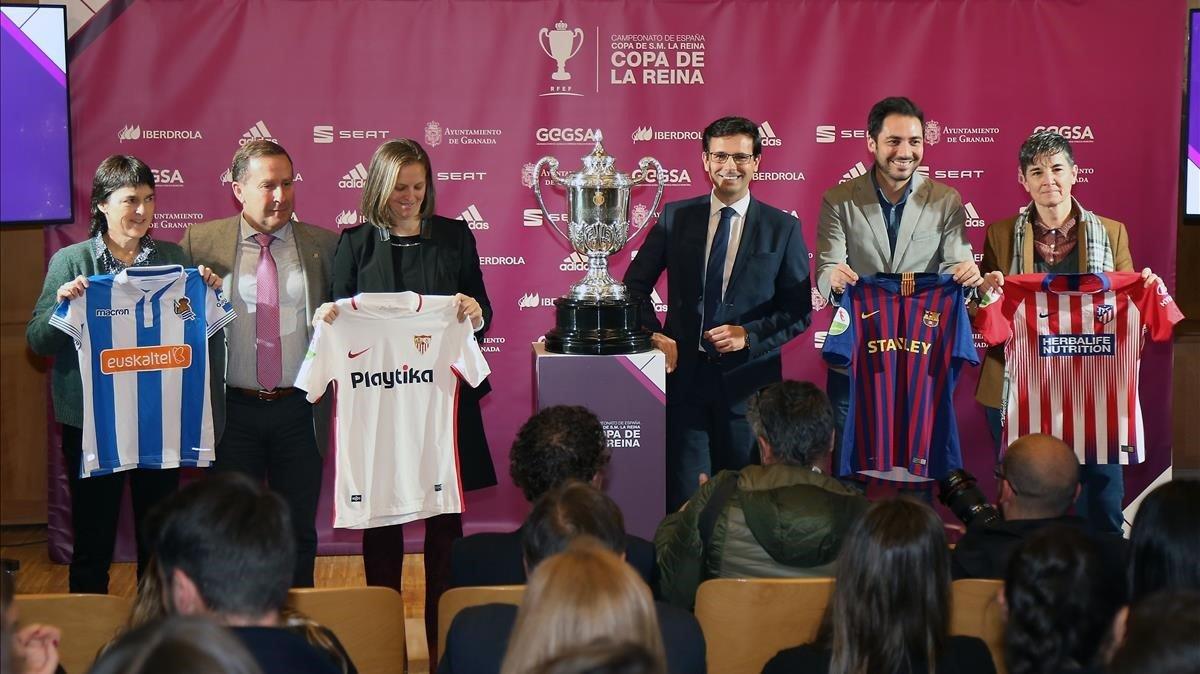Imagen del sorteo de las semifinales de la Copa de la Reina en Granada.