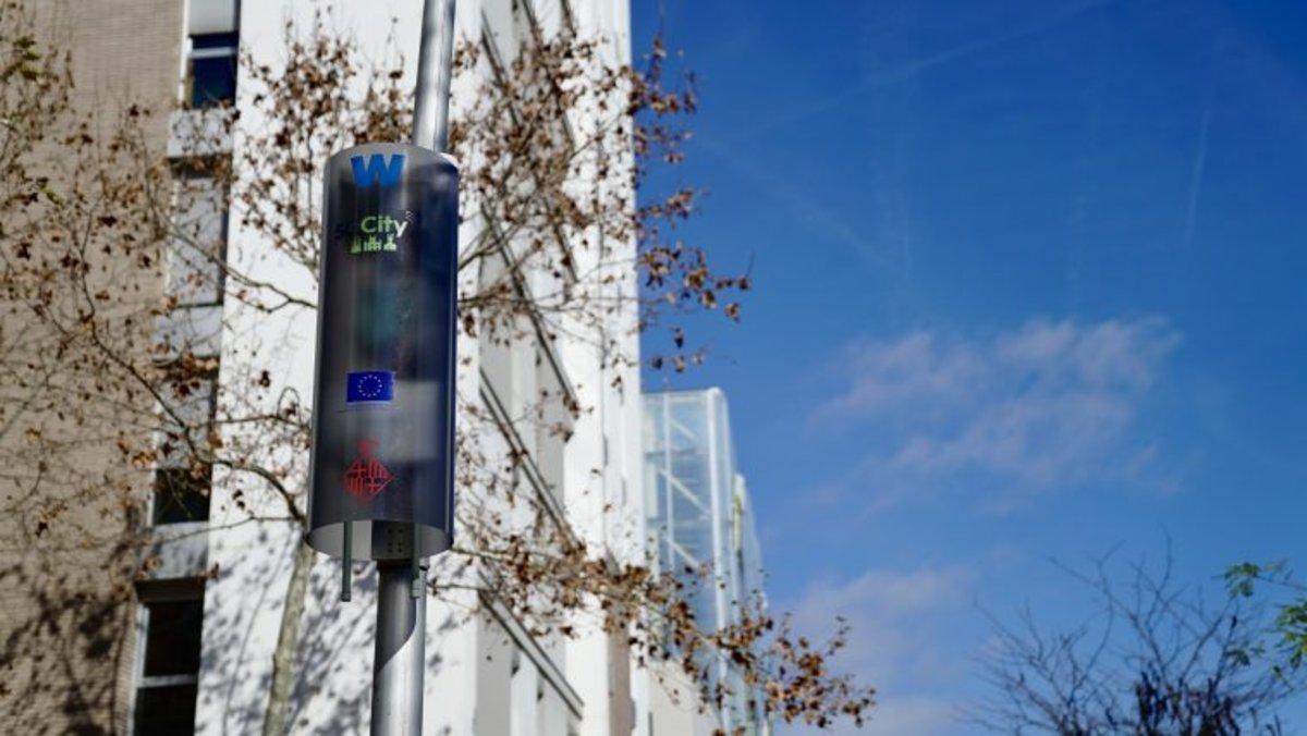 Las torres multifunciones distribuidas en el Poblenou.