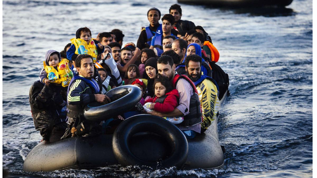 Itàlia prohibeix atracar a un barco privat amb 66 immigrants