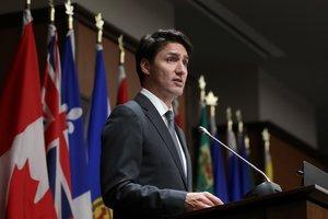 Justin Trudeau, el primer mimnsitro de Canadá en una reunión del Partido Liberal.