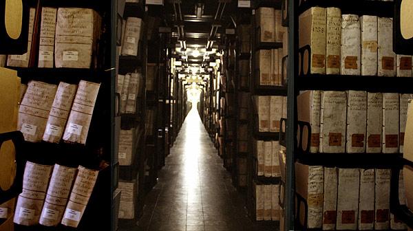 El Vaticà ensenya 100 documents del seu arxiu secret