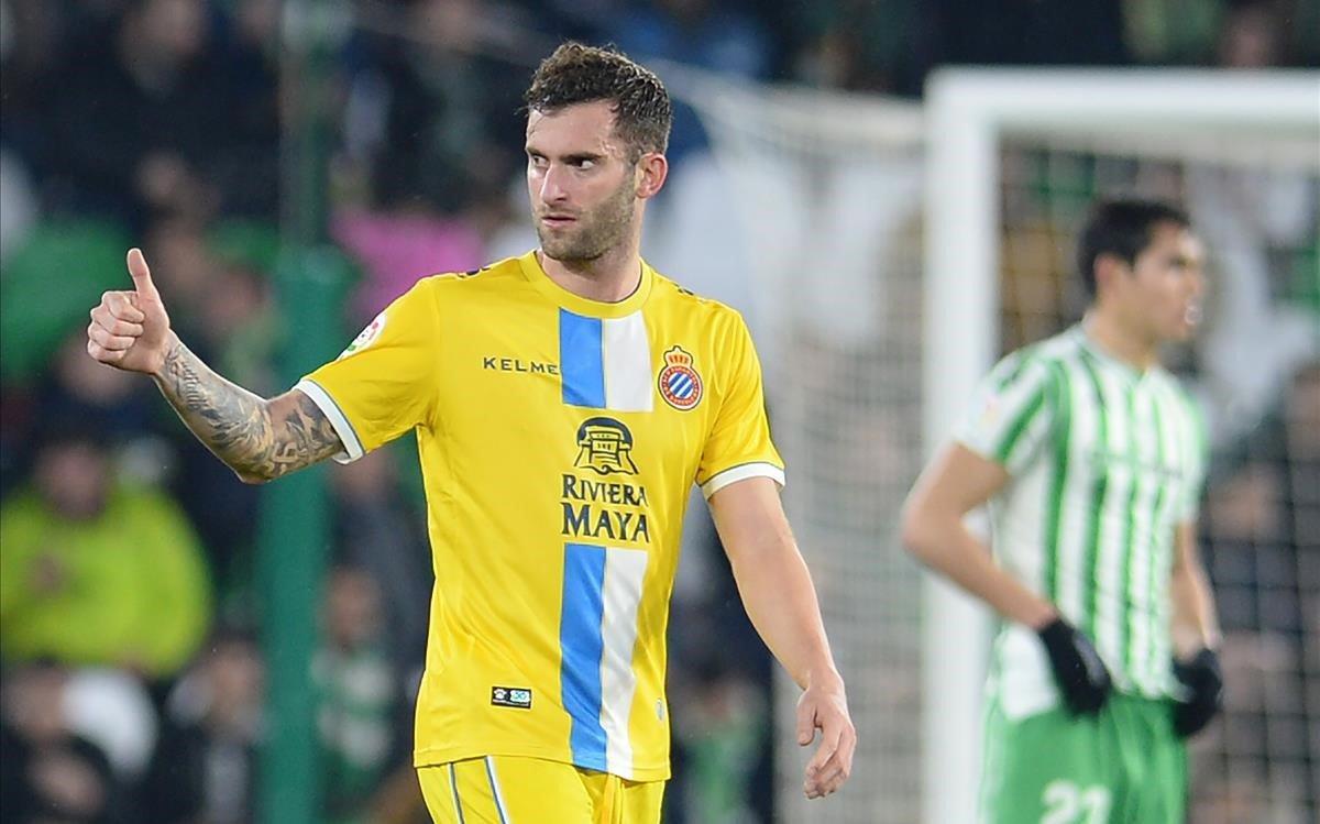 Leo Baptistao celebra el gol que marcó ante el Betis en la Copa