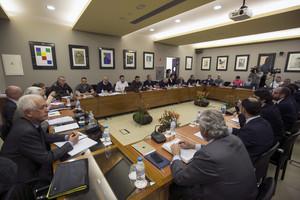 Un momento de la reunión entre patronal, estibadores y Gobierno, el 22 de marzo.