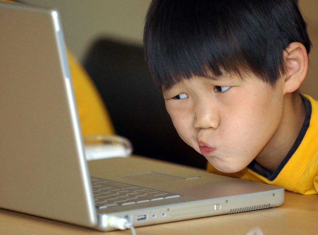 El país pretende que los estudiantes se familiaricen desde edades tempranas con el lenguaje de la programación.