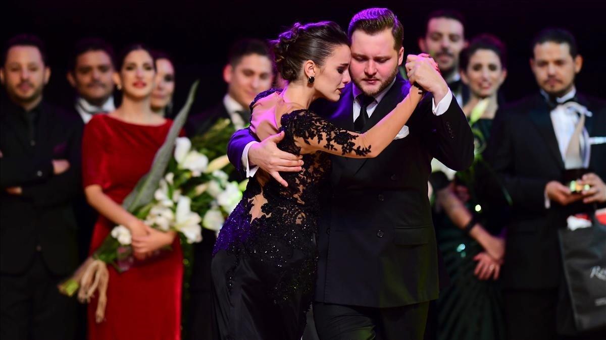El ruso Maksim Gerasimov y la argentinaAgustina Piaggio, pareja ganadora del Mundial de Tango de Buenos Aires de este año.
