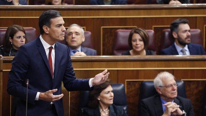 El presidente del Gobierno,Pedro Sánchez,durante una sesion de control al Gobierno en el Congreso de los Diputados