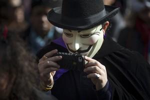 Una persona disfrazada de Guy Fawkes el pasado Halloween en Nueva York.
