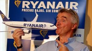El presidente dela compañía Ryanair, Michael OLeary, al inicio de una rueda de prensa en Madrid.
