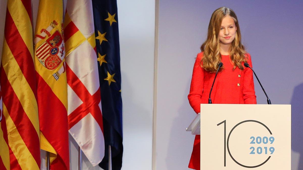 La Princesa de Asturias y de Girona ha subrayado este lunes, en su primer discurso en Catalunya, que esta tierra siempre ocupará un lugar especial en su corazón y que sus padres, los Reyes, siempre les han hablado a ella y a su hermana de Girona y de Catalunya con verdadero afecto.