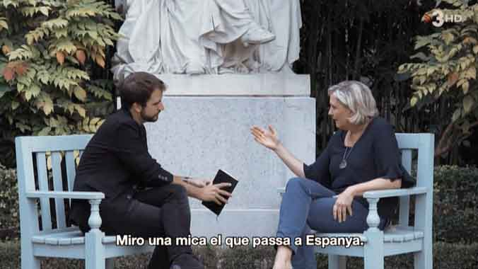 Ricard Ustrell con Marine Le Pen (TV-3).