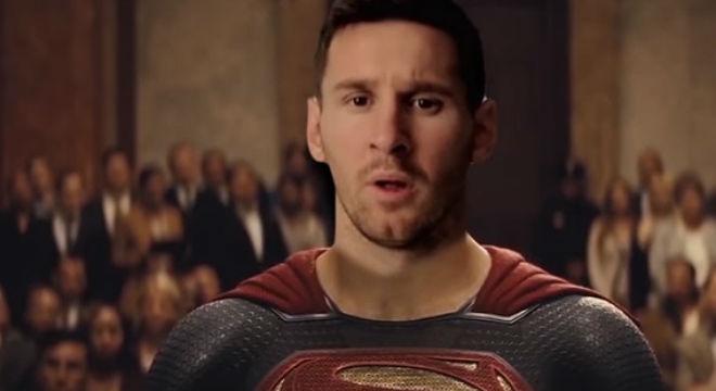 Parodia del tráiler de 'Batman v Superman: El amanecer de la justicia' con Ronaldo y Messicomo protagonistas.